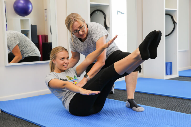 Pilates With Sarah Helping Client Icon